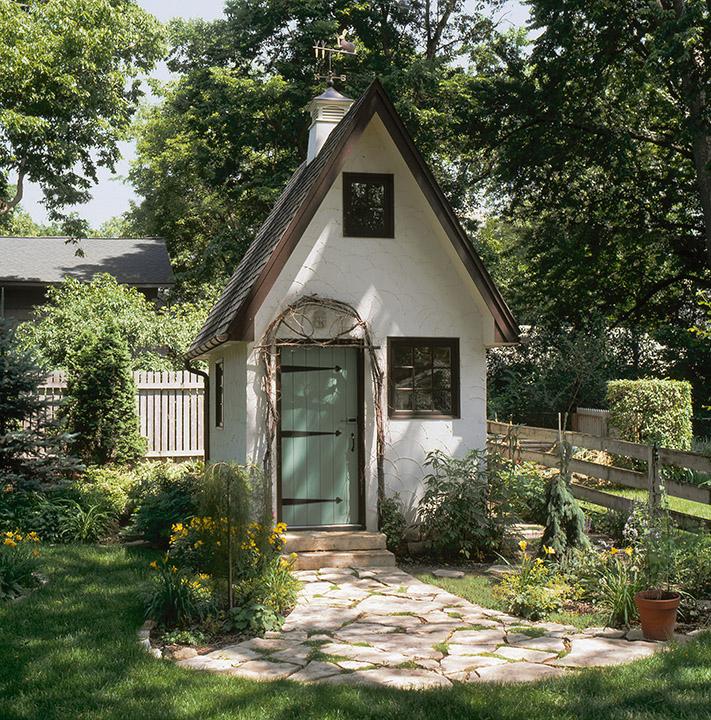 Doodlemoose designs someday i ll have the shed of my dreams for Backyard cottage shed